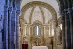 interior da igrexa de Ferreira de Pantón