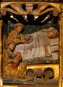 Xunqueira de Ambía. Pormenor coa Natividade de María.
