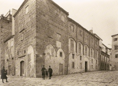 Ruth M. Anderson. A Casa Gótica en 1924