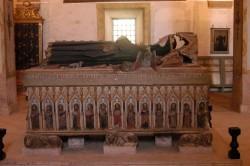 Coimbra. Santa Clara-a-Nova. Sepulcro da rainha Santa Isabel