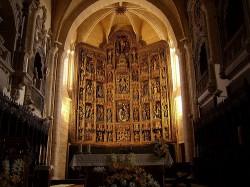 Dueñas. Igrexa de Santa María de la Asunción. Retablo maior