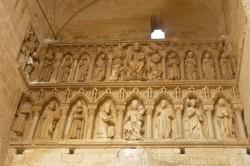 Villalcázar de Sirga. Friso na igrexa de Santa María la Blanca