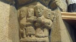 Igrexa de Valboa. Capitel coa Adoración dos Magos