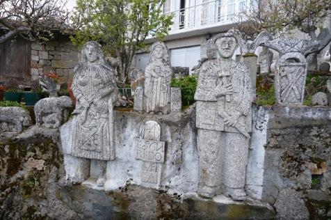 Esculturas de Pepe de Barrio en Lamalonga
