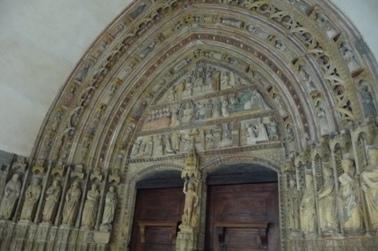 Deba. Pórtico da igrexa de Santa María