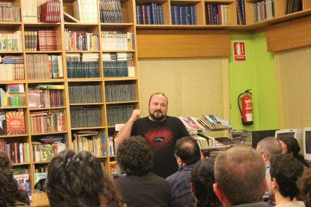 Manolo Gago na presentación de Herdeiros pola forza