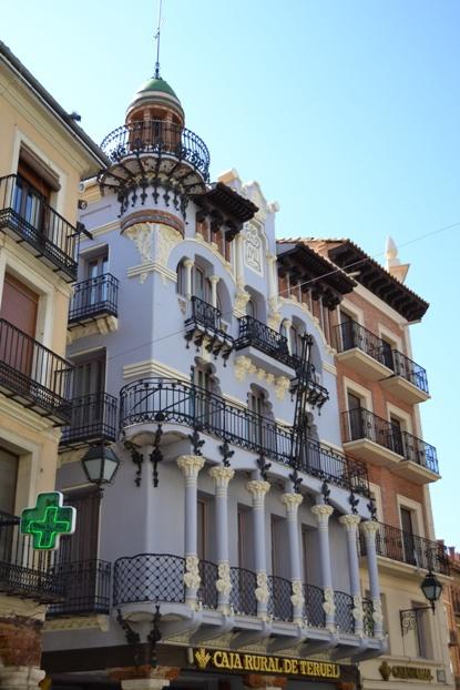 Teruel. Edifico modernista de Pablo Monguió