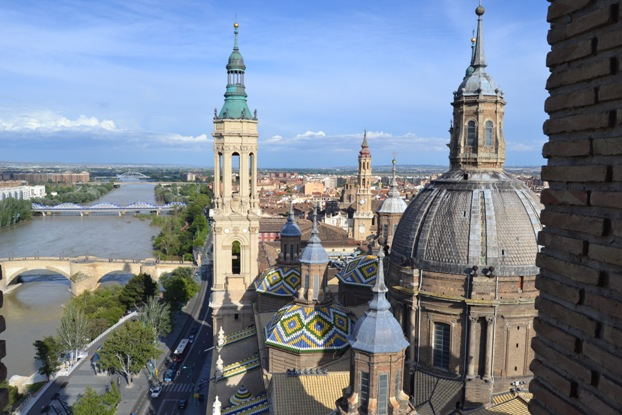 Zaragoza. Vista dende a torre do Pilar