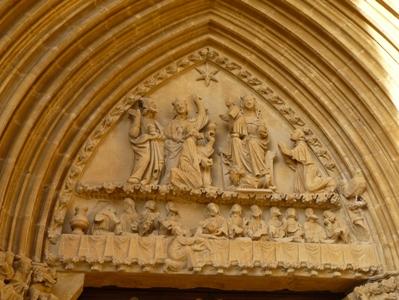 Tímpano da portada Sur da igrexa de Santa María de Ujué